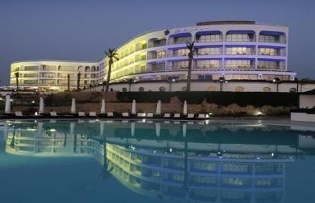 фото Malpas Hotel & Casino 686956117