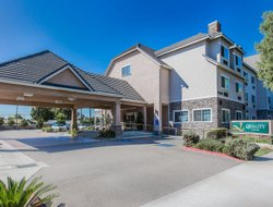 Rosemead hotels with restaurants