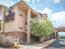 Castle Rock hotels for families with children