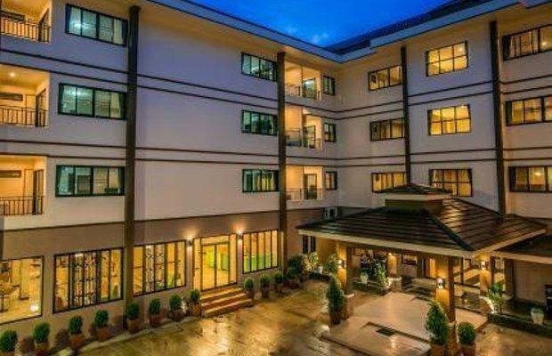 фото De Hug Hotel and Residence 696459975