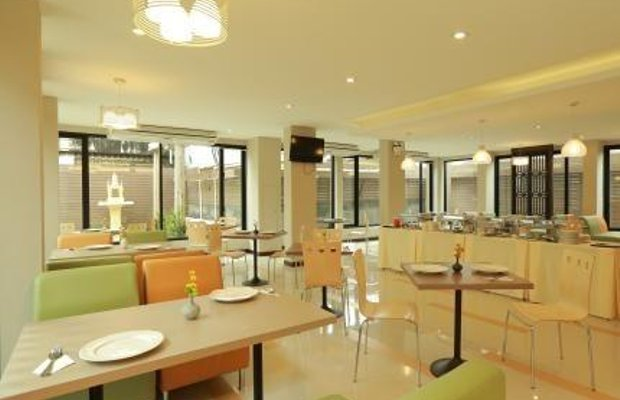 фото De Hug Hotel and Residence 696459993