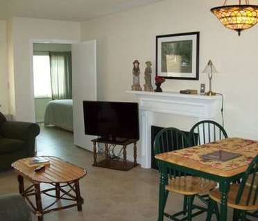 Gatlinburg Chateau Apartment #402