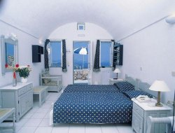 The most popular Santorini Island hotels