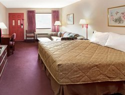 Pets-friendly hotels in Adairsville