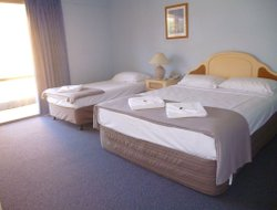 Torquay hotels with restaurants