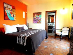 Top-7 hotels in the center of Tlaquepaque