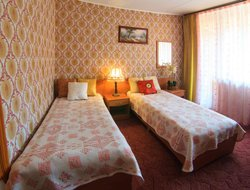Zvenigorod hotels with swimming pool