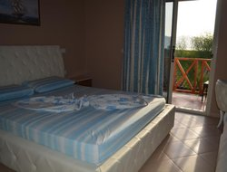 Radhima hotels with sea view