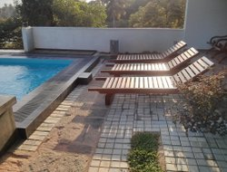 Matara hotels with swimming pool
