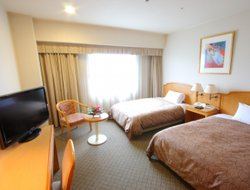 Matsuyama hotels with swimming pool