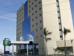Cuiaba hotels with swimming pool