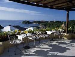 Top-3 of luxury Huatulco hotels
