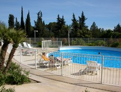 La Ciotat hotels with swimming pool