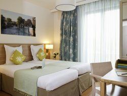 Pets-friendly hotels in Vincennes