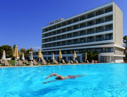 Patras hotels with swimming pool