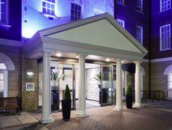 Exeter hotels with swimming pool