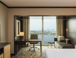 Dubai City hotels with lake view