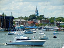 Annapolis hotels with restaurants