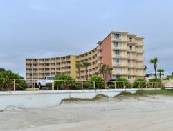 Pets-friendly hotels in Daytona Beach Shores