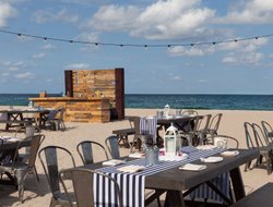Fort Lauderdale hotels with restaurants