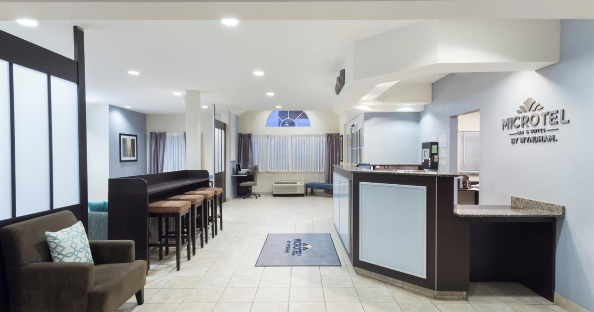 Microtel Inn and Suites Baton Rouge Airport