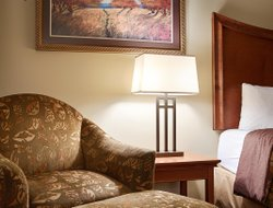 Top-10 hotels in the center of Grand Island