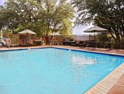 Waters Park hotels for families with children