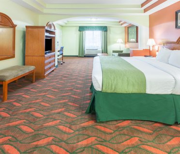 Days Inn and Suites Houston Hobby Airport