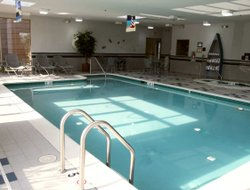 Leesburg hotels with swimming pool