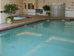 Airway Heights hotels with swimming pool