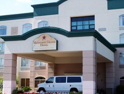 Business hotels in Monona