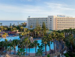 Roquetas de Mar hotels for families with children