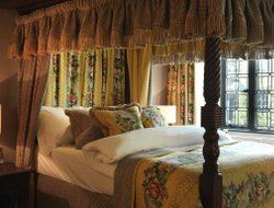 Top-9 romantic Burford hotels