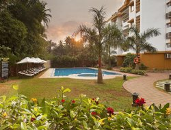 Betalbatim hotels with swimming pool