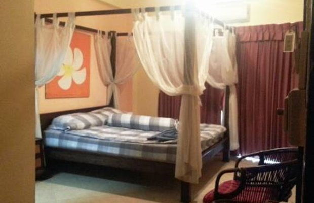 фото Nickys Guesthouse 712983190
