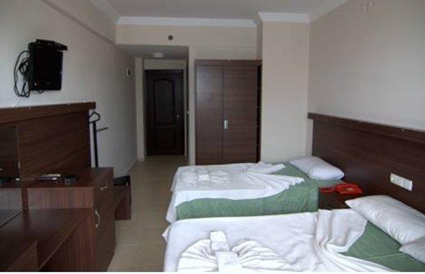 фото Kalamaki Beach Hotel 713052093