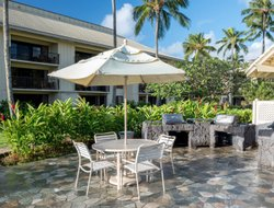 Lihue hotels with swimming pool