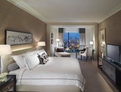 Top-10 of luxury Melbourne hotels