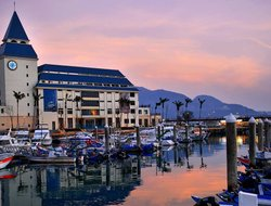 Danshui Township hotels with sea view