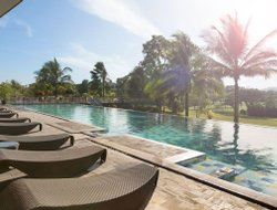 Manado hotels with swimming pool