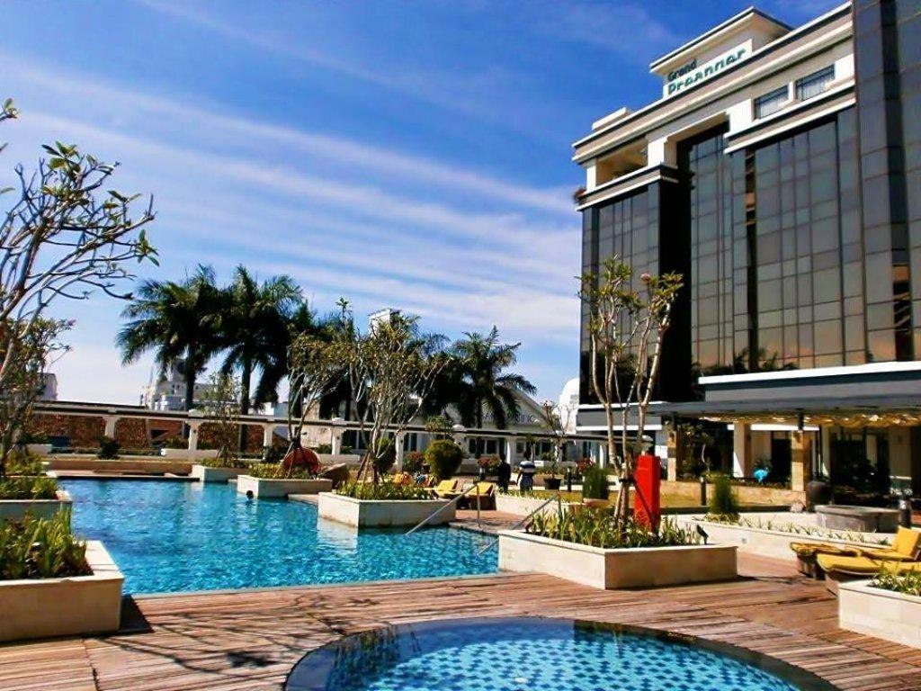 Top 5-star Bandung Hotels