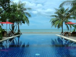 Pran Buri hotels with swimming pool