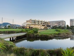 Wollongong hotels with sea view