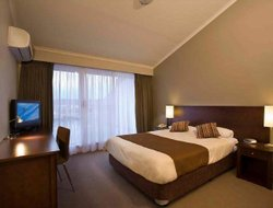 Top-3 hotels in the center of Jindabyne