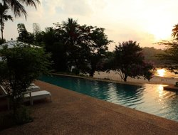 Laos hotels with swimming pool