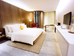 Danshui Township hotels for families with children