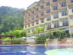 Taipeng hotels with swimming pool