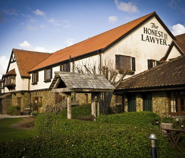 The Honest Lawyer Country Pub