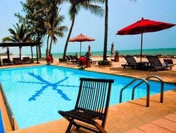 Ban Puek Tian hotels with swimming pool