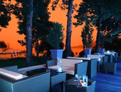 Limin hotels with restaurants